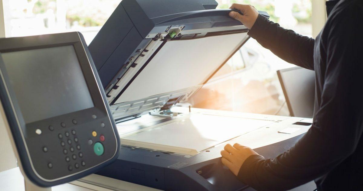 Экономия на бумаге: как компании на 30% сократить затраты на печать